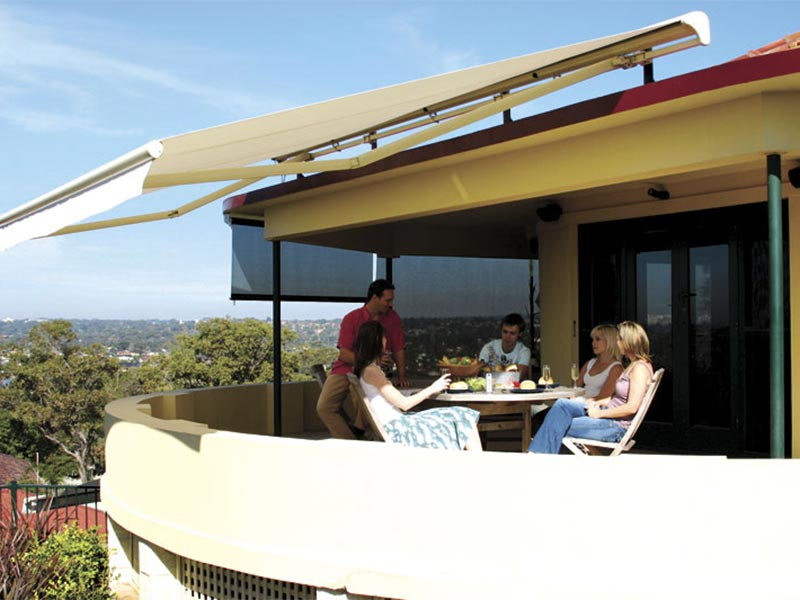 5 Benefits Of Folding Arm Awnings